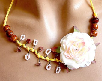 Necklace yellow flower satin white fabric