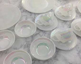 Federal Glass Moonglow Iridescent Dinnerware  16 Piece Set for Four (4)