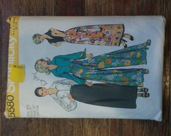 "Vintage Simplicity Pattern 5580. Sizing for ladies 5'2"" or 5'3"". Two top options, pants or skirt."