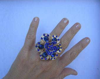 Sapphire synthesis univerelle size and Gold Flower ring