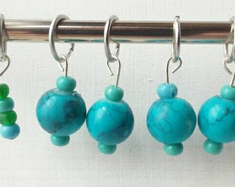 5 stitch markers, fits up to a size 7 knitting needle, notion, knitting notions, turquoise stitch markers