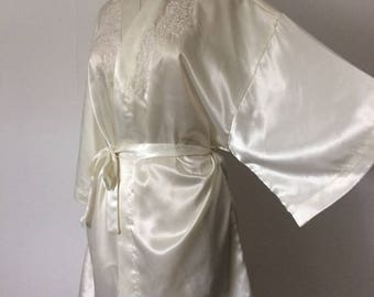 Vintage hand embroided bath robe size L UK 12