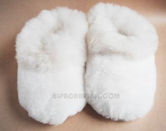 White Super Baby Alpaca Fur Slippers- Real Alpaca Huacaya Fur-  Handmade Peruvian Fuzzy  Slippers- Special gift
