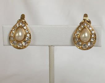 Trifari TM Pearls and Rhinestones Teardrop Earrings, Wedding Jewelry, Gold Tone, Clip On, Vintage, 1990s