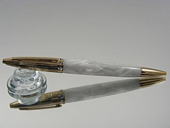 Elegant Women's Pen in 24k Gold and White Pearl Acrylic