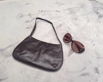 Vintage 1980s small brown leather handbag