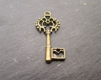 27 mm in antique bronze key Pendant * 1