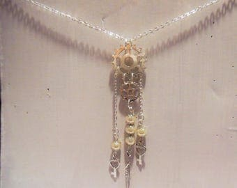 Gear necklace beads, feather and key