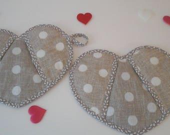 Beige Polka Dot heart-shaped pot holders