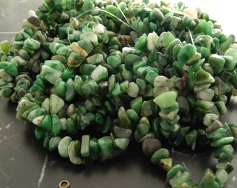 100 natural African Jade chips, hole: 1 mm