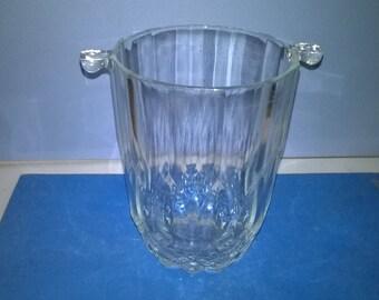 143) ice bucket, ice glass