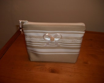 KIT TOILETRY BAG OR MAKEUP CANVAS TICKING AND LACE ZIP