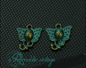 10 green patinated 16 * 14mm gray elephant head charms