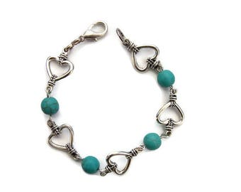 Bracelet chain hearts and turquoise beads