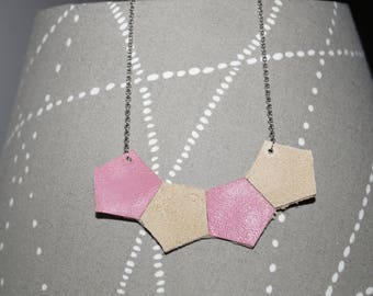Pretty geometric leather necklace