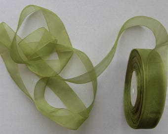 10 meters of 25mm Green organza Ribbon