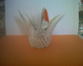 White 3d origami Swan