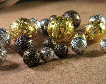 10 beads-filigree size and mixed colors - round - 8 to 20 mm PM3