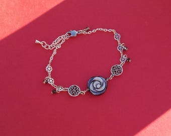 Silver and grey pearl bracelet