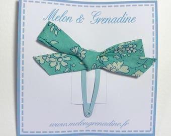1 hair clip - Clack Liberty Capel light green bow