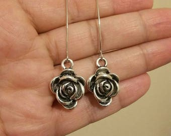 Rose style dangle earrings