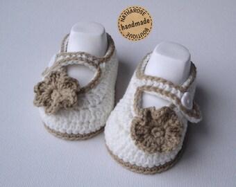 Baby ballerina booties Ecru beige flowers