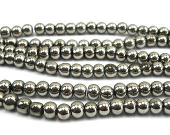 70 4 mm Silver metallic glass beads