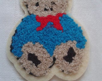 applique, patch, bear thermocollante blue red bow on white curly wool, stickers, patch embroidery to garment