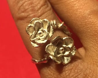 Double ring of flowers