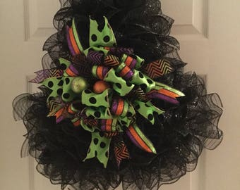 Witch Deco Mesh Wreath, Witch Hat Deco Mesh Wreath, Halloween Wreath, Black Witch Hat deco mesh wreath