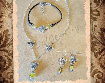 Butterfly and bead charms set yellow cracked glass