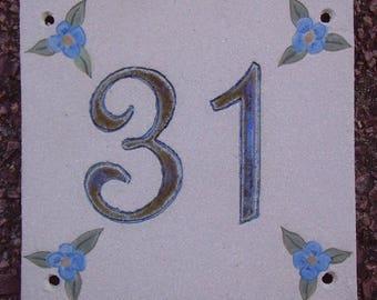 Door number '31' ceramic (stoneware), linen flowers blue on beige background