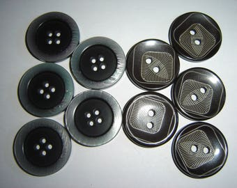 10 ASSORTED SHAPE ROUND PLASTIC BUTTONS WHOLESALE / / 30 MM