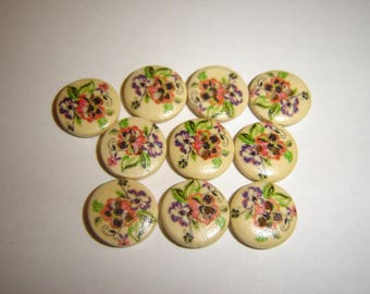 BUTTONS 10 wood flowers 15 mm