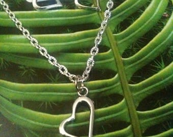 Silver plated. Gift idea +++ chic tilted heart earrings and necklace.