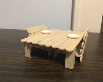 Small Animal Table & Chairs