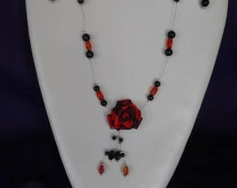 set in red and black satin flower and pearls