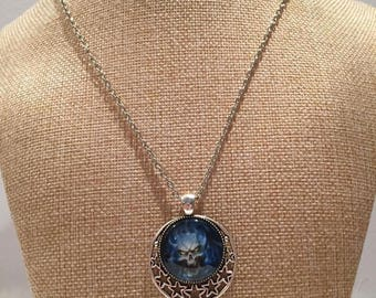 Cabochon blue skull skeleton necklace