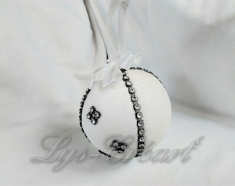 Ball 7 cm for Christmas tree by Creart Lily '