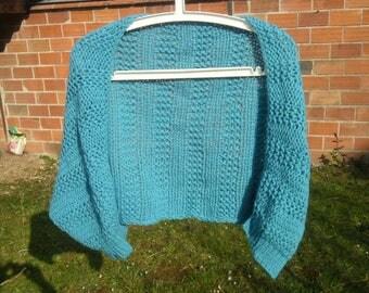 Bolero cover shoulders chunky turquoise yarn