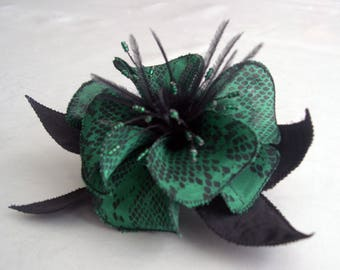 Large barrette flower fabric & feathers and pearls 050