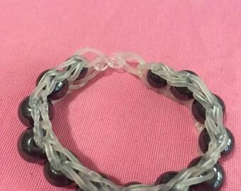 Rainbow loom bracelet elastic + shamballa beads