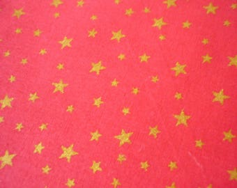 Red cotton fabric with gold 50x70cm stars