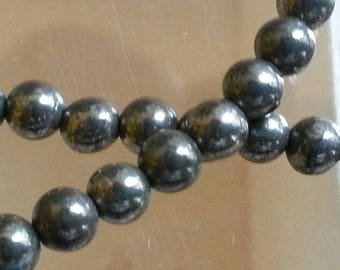 20 natural pyrite stones with 4mm in diameter, hole 1 mm