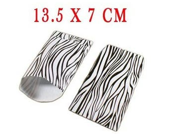 20 pockets in Zebra paper gift bags. Dimensions: 13.5x7cm