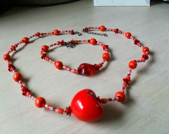 set (necklace and bracelet) fine, colorful, summer (red and white)