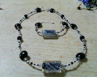 set (necklace and bracelet), summer, original (white, black)