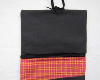 Tobacco Pouch Black and checkered vintage