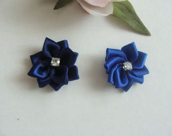 Set of 2 appliques 25 mm dark blue rhinestone flower