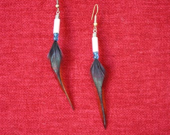 natural feather earrings and Pearl truss